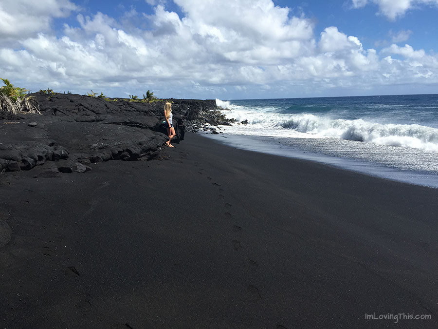 Kaimu Beach Hawaii - Black Sand Beach