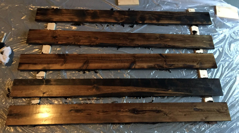 Inexpensive DIY Rustic Headboard - Easy DIY Headboard